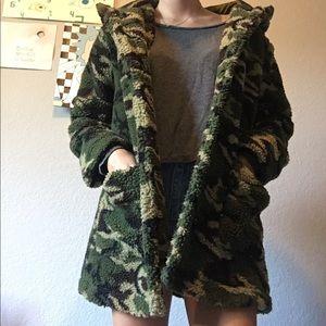 💫Forever 21💫 Camo Furry Coat